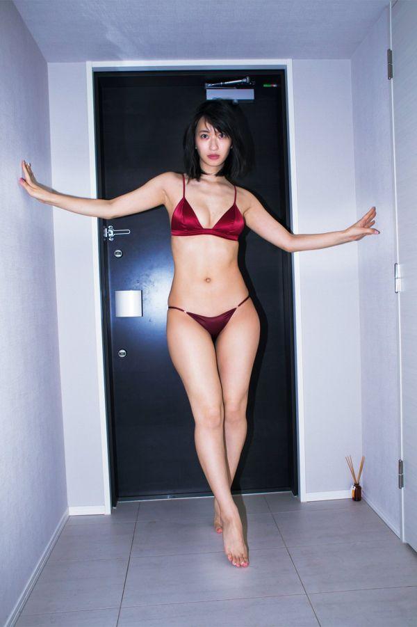 グラビアセクシー画像|尻職人の倉持由香さんのセクシーショットを見てみる 200枚