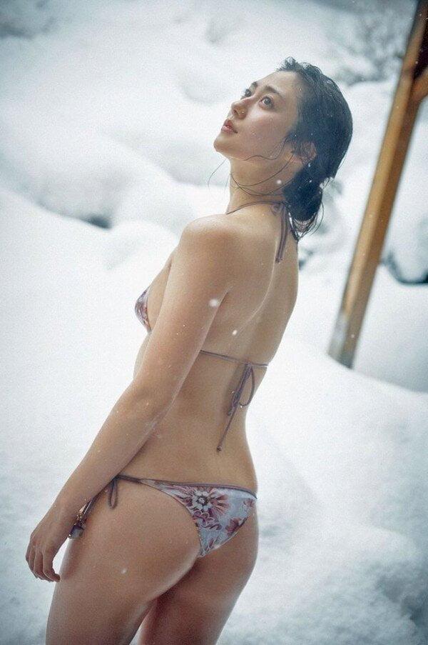 グラビアアイドル写真集|大人の美ボディにますます磨きがかかった奥山かずさグラドル画像まとめ 1