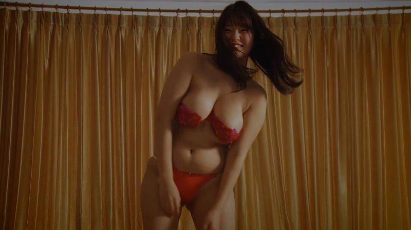 グラビアアイドル画像 豊満ボディのHカップ92センチの彼方美紅画像まとめ106枚