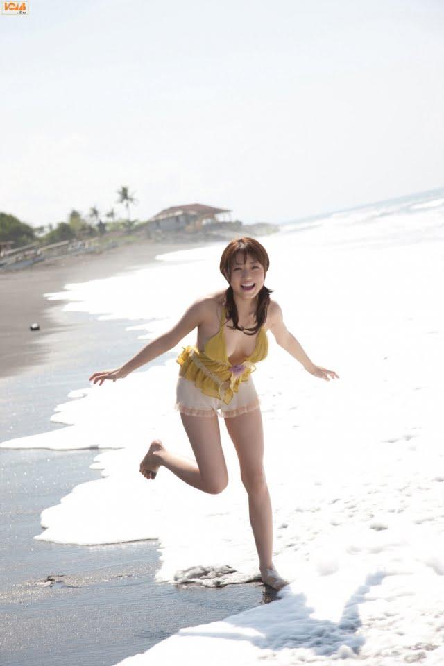 グラビアアイドル写真集|Fカップのおっぱいと長い手足が素敵な中村静香ちゃんのまとめ画像パート15 100枚Number1401-1500