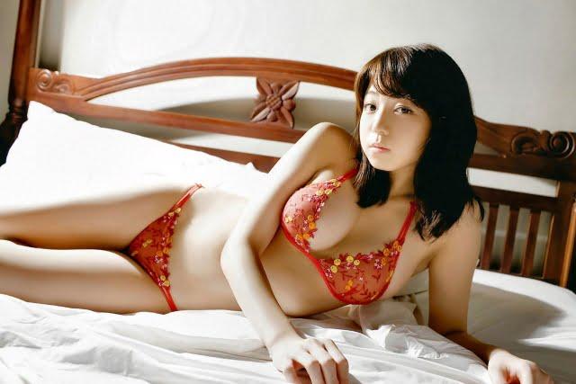 グラビアアイドル写真集 Fカップのおっぱいと長い手足が素敵な中村静香ちゃんのまとめ画像パート1 100枚Number001-100