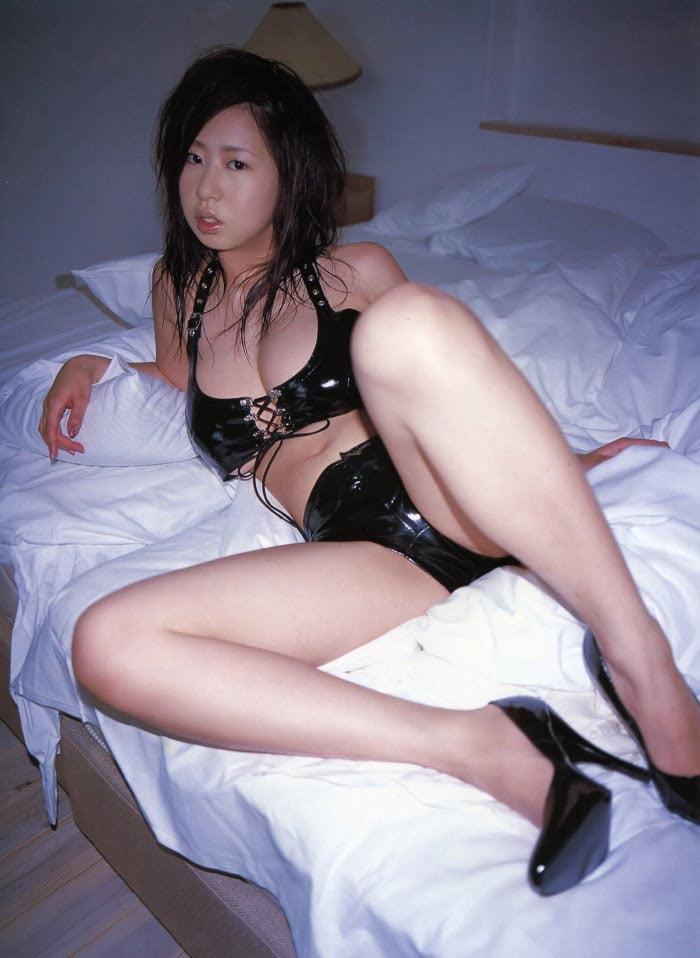 グラビアアイドル写真集|元祖Jカップグラドルの夏目理緒ちゃんのグラビアまとめパート2 80枚Number100-180
