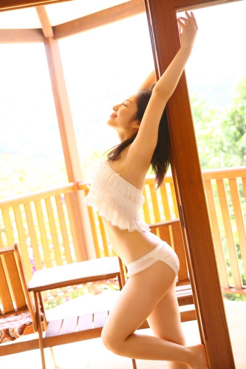グラビアアイドル画像 坂田米米子に改名した佐藤寛子時代のグラビア画像とヌード画像とヘアヌード画像を総まとめパート2 100枚