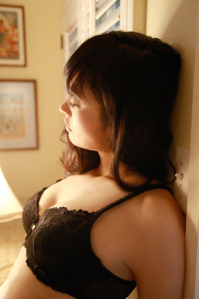 グラビアアイドル写真集|脱ぎたがる元アナウンサーの脊山麻理子ちゃんのグラビアまとめパート3 100枚Number201-300