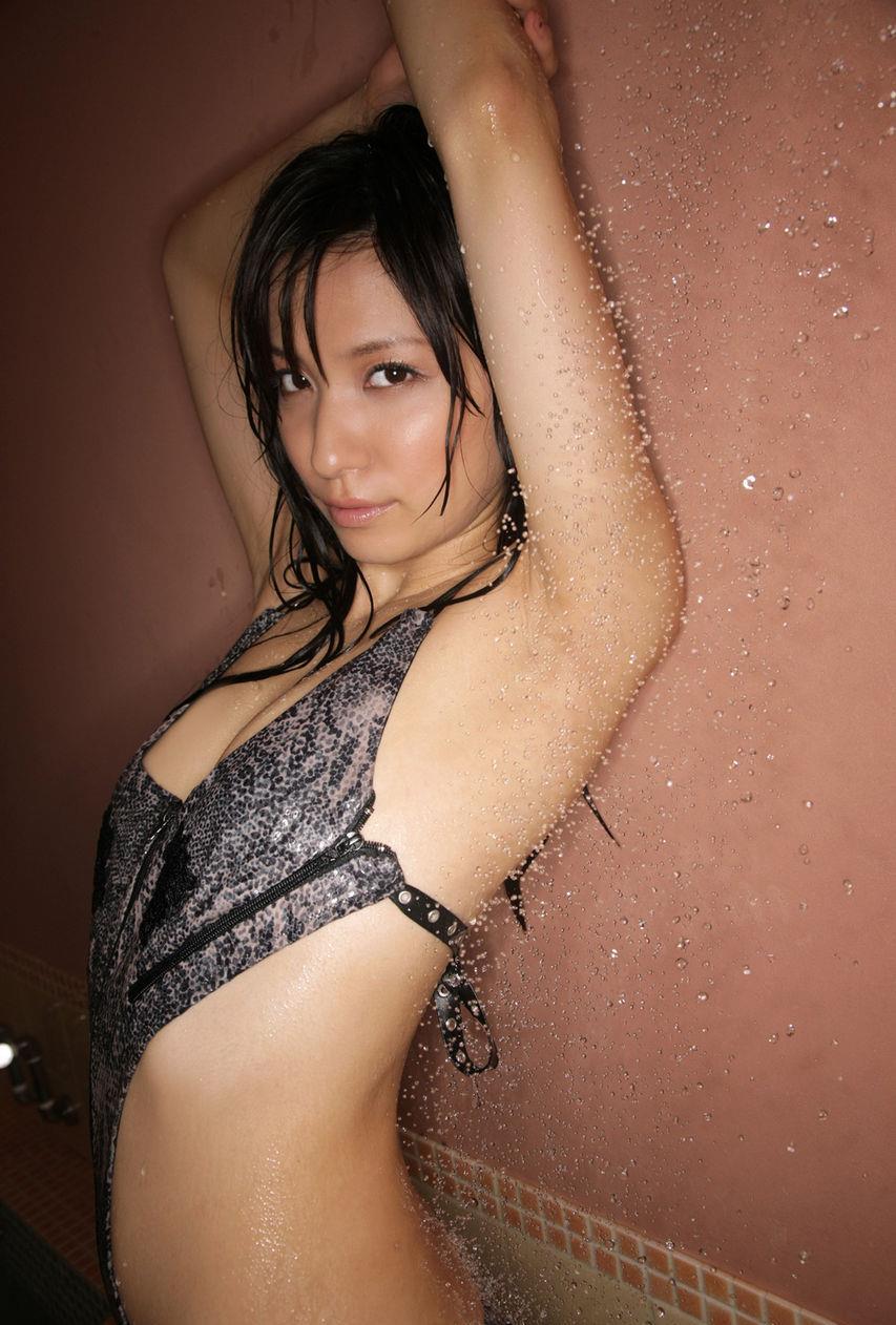 グラビアアイドル写真集 日本一の美尻の持ち主の戸田れいちゃんのグラビアまとめパート2 100枚Number101-200