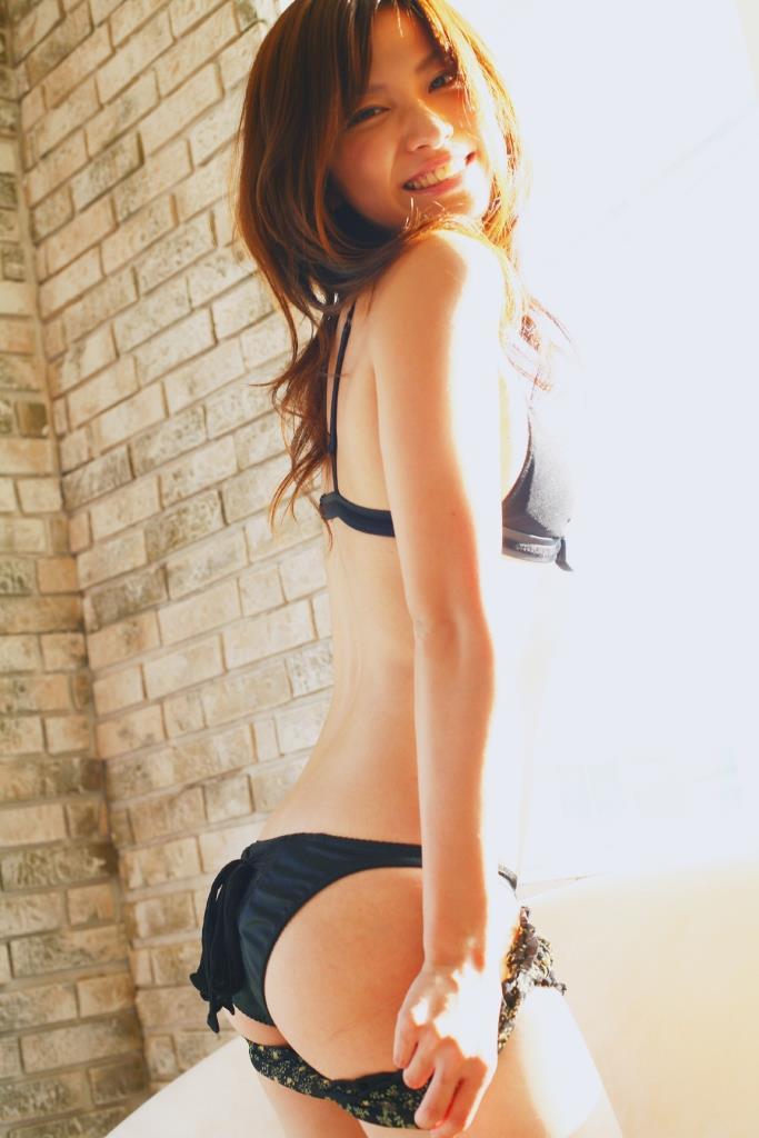 グラビアアイドル写真集 日本一の美尻の持ち主の戸田れいちゃんのグラビアまとめパート1 100枚Number001-100
