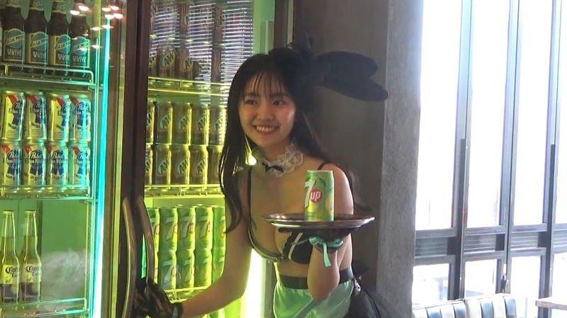 グラビアアイドル画像|現役高校生のEカップ巨乳で話題のルナちゃんこと豊田ルナのグラビア写真まとめ2 56枚