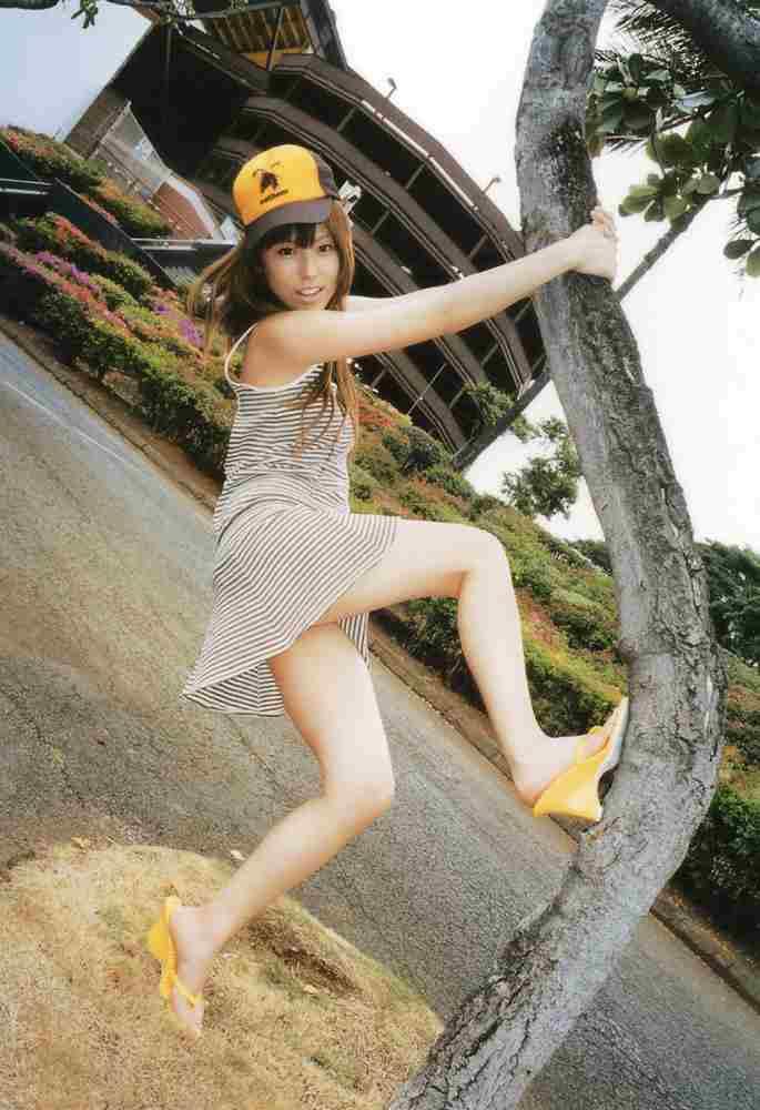 グラビアアイドル画像|GAL系グラビアアイドルとして一世を風靡した若槻千夏まとめ画像
