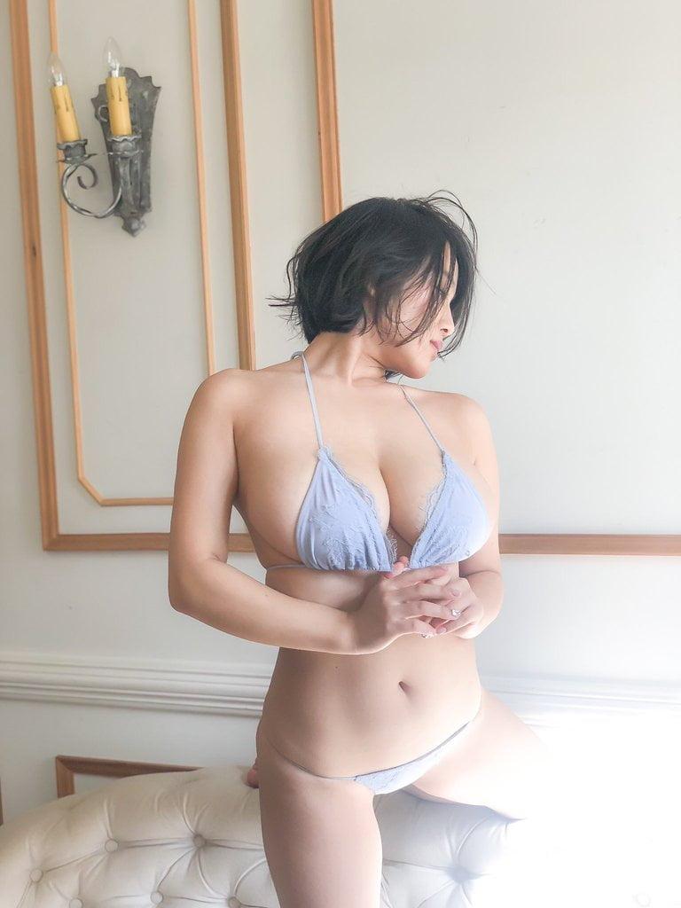 グラビアアイドル写真集|奇跡の2次元ボディ瑞々しいバストとヒップが持ち味の天木じゅんグラビア画像まとめ5 100枚