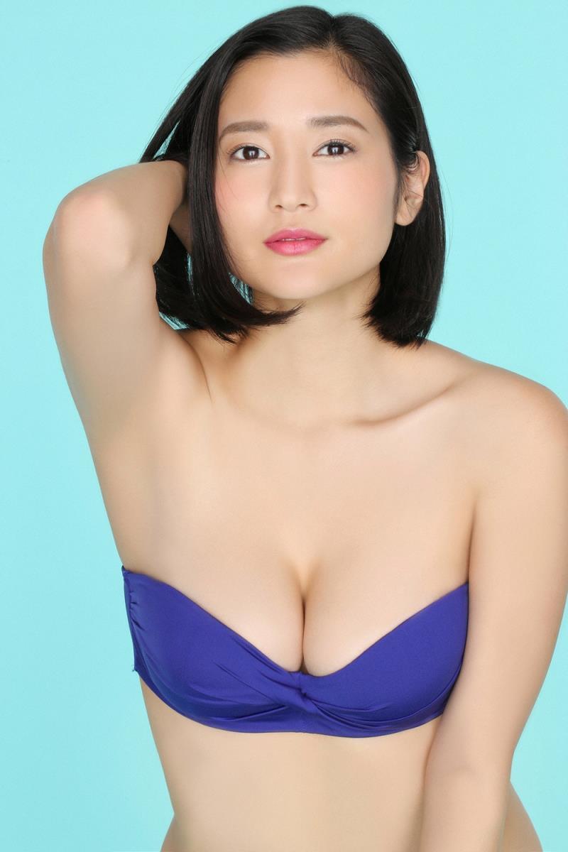 グラビアアイドル写真集|大人の色気すごい妖艶な姿にGカップバストの胸元セクシーな出口亜梨沙高画質グラビア画像まとめ3 100枚
