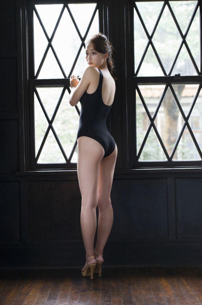 グラビアアイドル写真集 168センチの長身に長い手に抜群のスタイルを持つ華村あすか高画質グラビア画像まとめ2 100枚