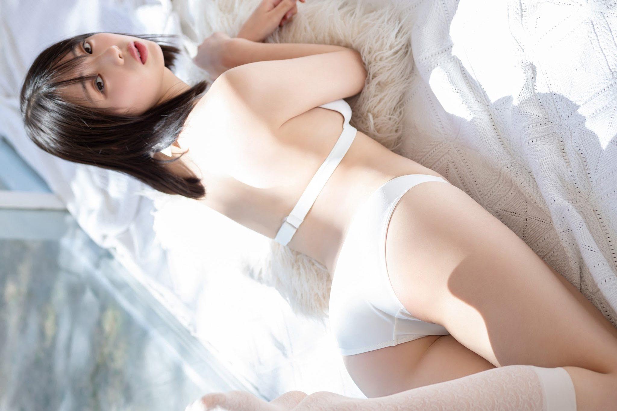 グラビアアイドル写真集 15歳とは思えない均整の取れたスタイルの菊地姫奈グラビア画像まとめ1 100枚