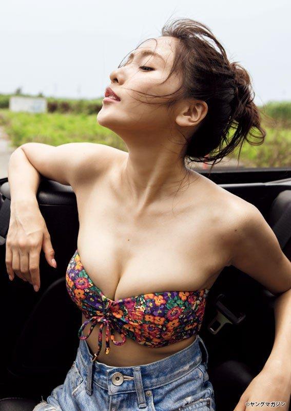 グラビアアイドル写真集 史上最高峰のヘルシー美ボディ抜群のスタイルとキュートなルックスの佐野ひなこグラビア画像まとめ1 100枚