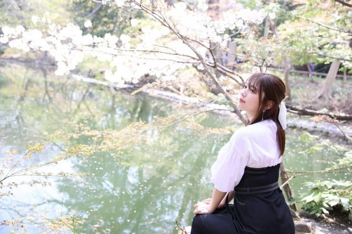 グラビアアイドル写真集 たわわ美乳×圧巻くびれ注目の神バストの瀬山しろグラビア画像まとめ2 100枚