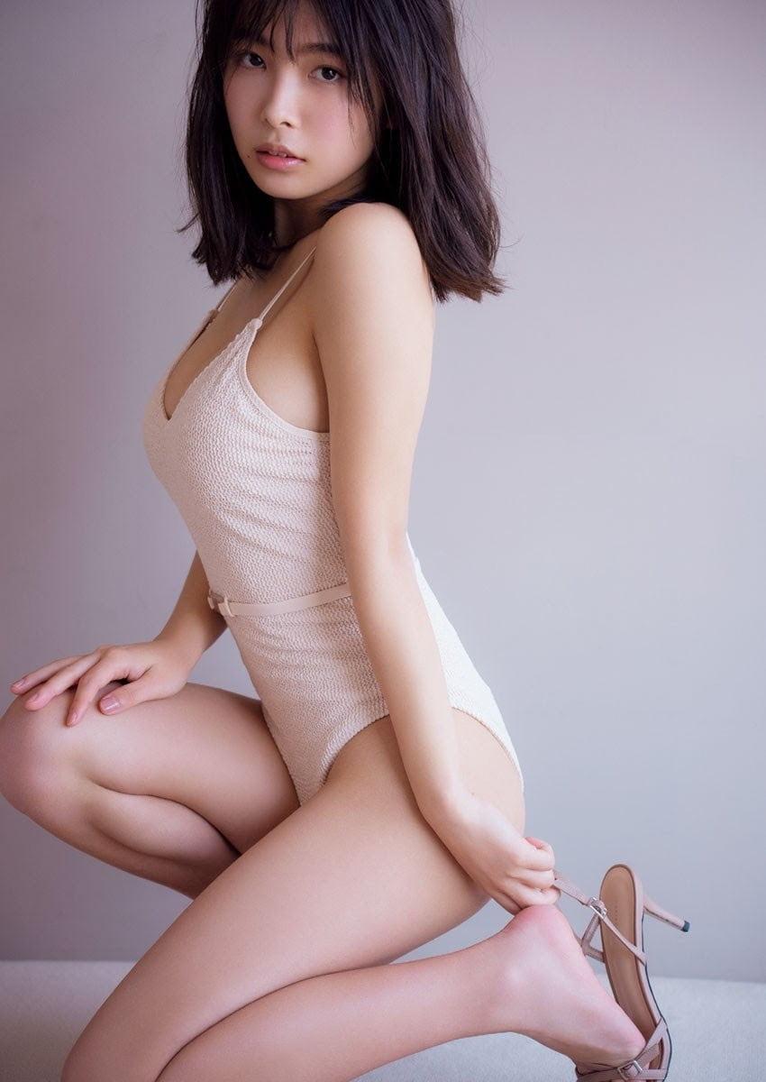 グラビアアイドル写真集|こぼれそうなたわわのバストで美谷間全開の寺本莉緒グラビア画像まとめ3 100枚