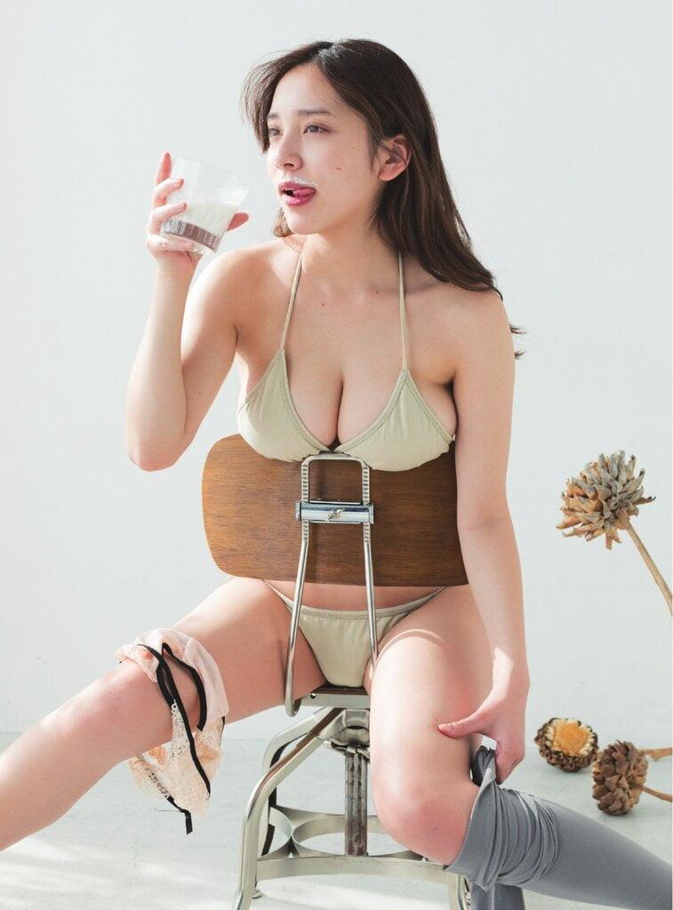 都丸紗也華グラビア水着究極まとめ写真15 芸能界屈指の美ボディで豊満バストを持つ都丸紗也華グラビア画像まとめ15 50枚