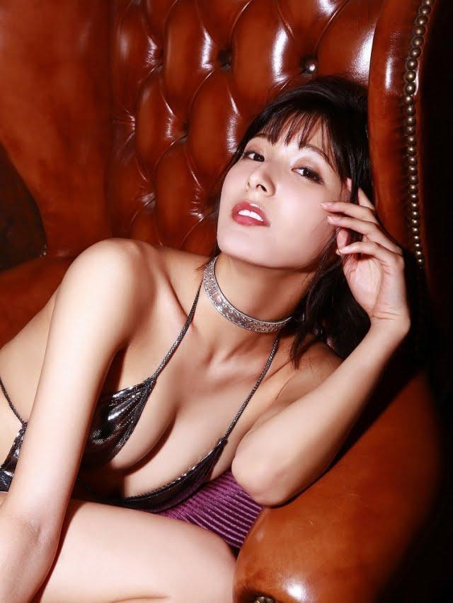 彩川ひなのグラビア画像ナンバー251-300