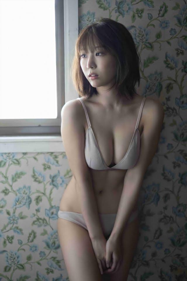 日向葵衣グラビア画像ナンバー201-267