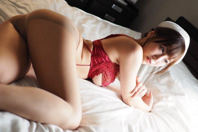 日向葵衣グラビア画像ナンバー001-050