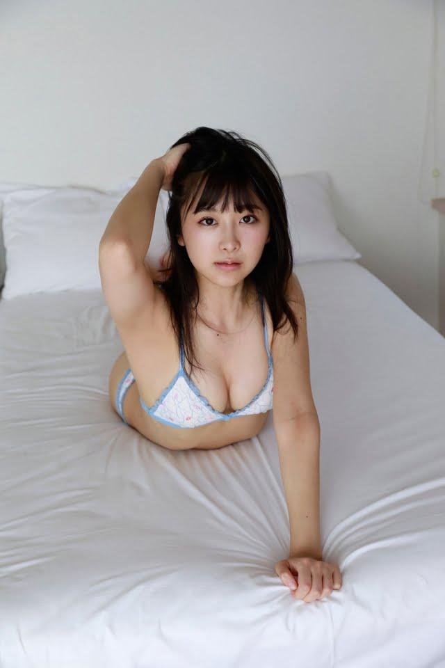 真島なおみ自撮り多めのグラビア画像ナンバー301-350