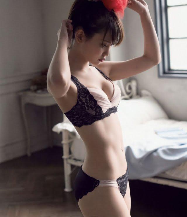 永尾まりやグラビア画像ナンバー251-300